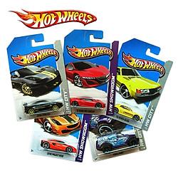 Xe Hot Wheels Căn Bản C4982