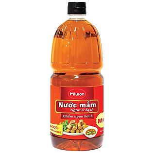 Nước Mắm Ngon & Sạch Miwon 1.9L