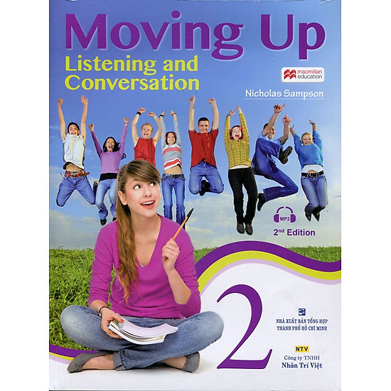 Moving Up – Listening And Conversation 2 (Kèm CD)