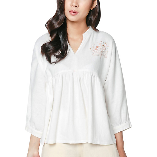 Áo Linen Tay Dài Thêu Bó Hoa Vicky Boutique A720 - Trắng Kem