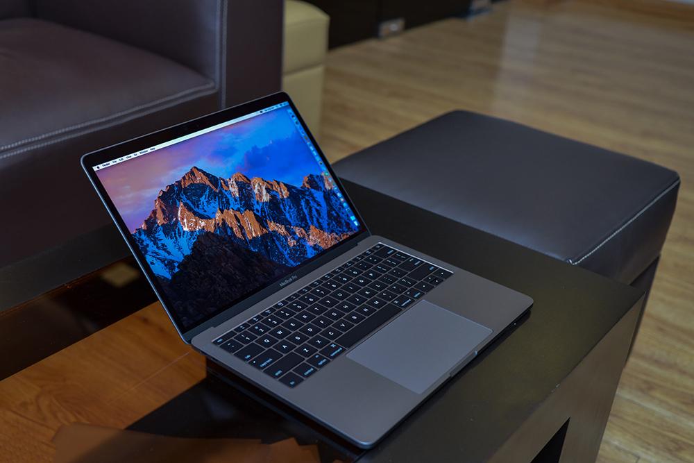 Macbook Pro 2017 (13.3 inch) Core i5/128GB