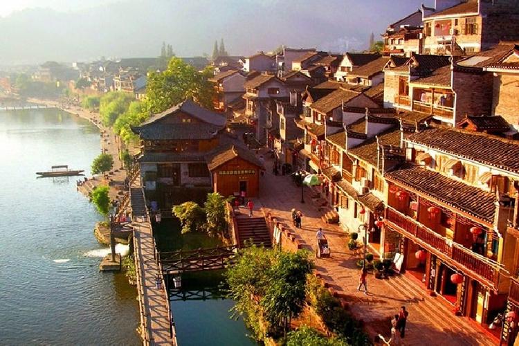 Tour Hà Nội - Trương Gia Giới - Phù Dung Trấn - Phượng Hoàng Cổ Trấn 6 Ngày 5 Đêm, Khách Sạn 4 Sao 6