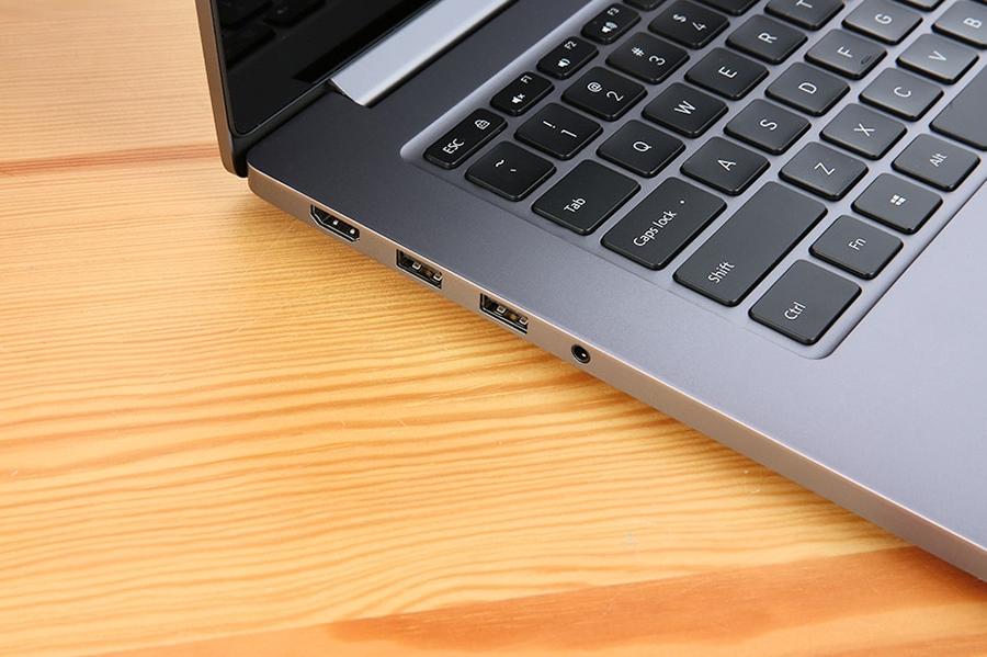 Laptop Xiaomi Mi Notebook Pro JYU4036CN Core i5-8250U/Win10 (15.6 inch) - Hàng Chính Hãng (Grey)