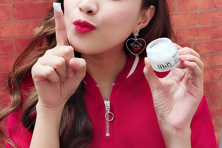Kem Dưỡng Trắng Nâng Tone Da Ban Đêm May Premium White Facial Night Cream (15g)