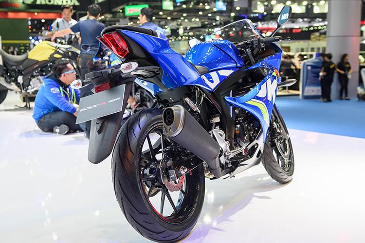 Xe máy Suzuki GSX R150 2017 (Xanh dương)=75.940.000 ₫