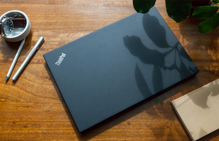 Laptop Lenovo ThinkPad T480s 20L7S00T00 Core i5-8250U/Free Dos (14 inch) - Hàng Chính Hãng (Black)