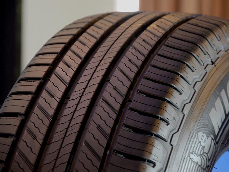 Lốp Xe Michelin Primacy SUV 215/70R16