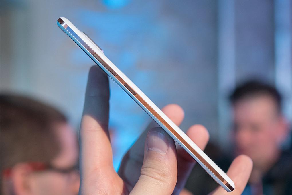 Điện Thoại Nokia 7 Plus - Hàng Chính Hãng