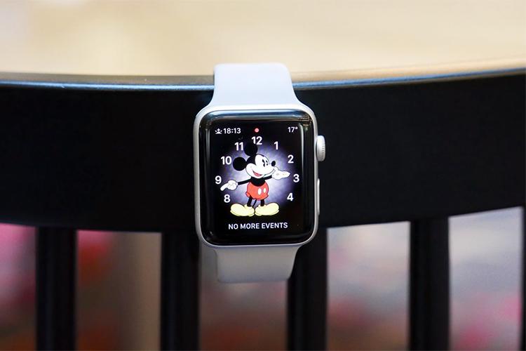 Đồng Hồ Thông Minh Apple Watch Series 3 GPS Silver Aluminium Case With Fog Sport Band - Hàng Chính Hãng