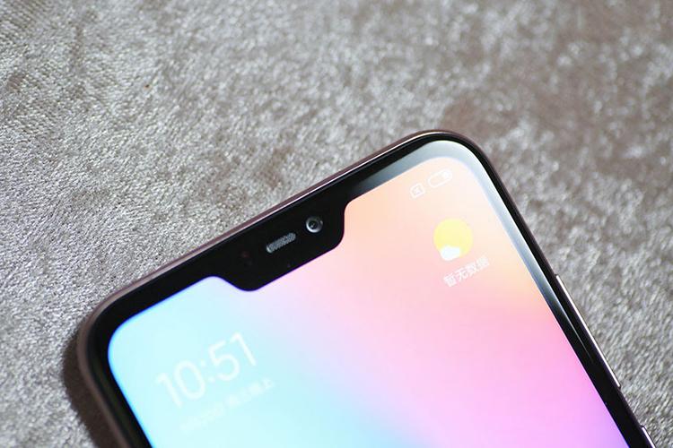 Bộ Điện Thoại Xiaomi Redmi 6 Pro (32GB/3GB) + Dán Cường Lực 5D Full Màn + Ốp Lưng - Hàng Nhập Khẩu