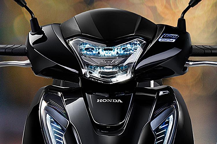 Xe Máy Honda SH 150i 2018 Phanh ABS - Bạc - Tặng Nón Bảo Hiểm, Bảo Hiểm Xe Máy, Thảm Xe Máy=109.000.000 ₫