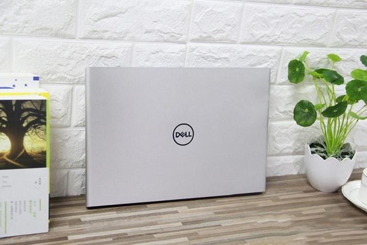 Laptop Dell Vostro 14 5471 70153001 Core i7-8550U/Win10 (14 inch) - Silver - Hàng Chính Hãng