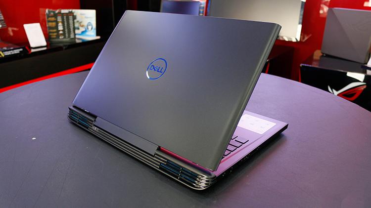 Laptop Dell G7 Inspiron 7588 NCR6R1 Core i5-8300H/Free Dos (15.6 inch) (Black) - Hàng Chính Hãng