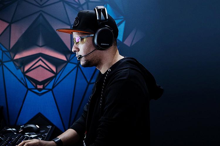 Tai Nghe Gaming SteelSeries Arctic 7 DTS.X 7.1 RGB- Hàng Chính Hãng