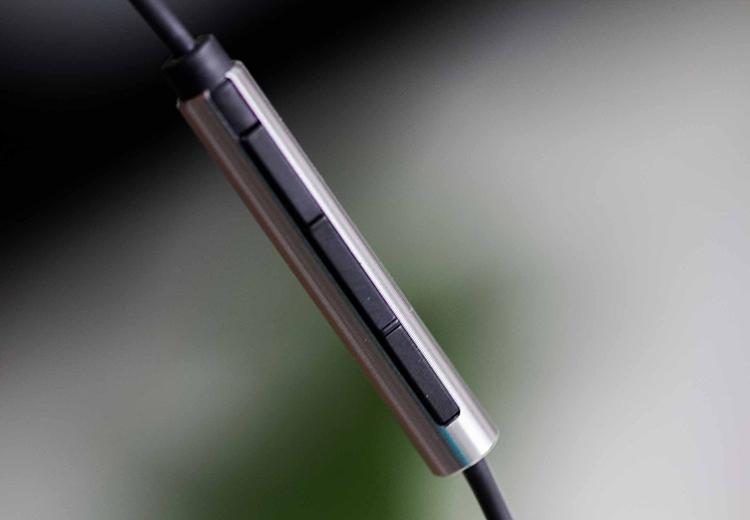 Tai Nghe Nhét Tai Xiaomi Piston Iron - Hàng Chính Hãng