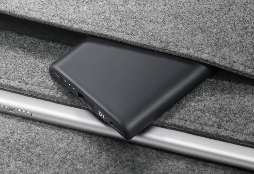 Pin Sạc Dự Phòng Anker Powercore Slim 5000mAh (Kèm Cáp Sạc Micro USB 1m) - B1250H12 (Đen) - Hàng Chính Hãng