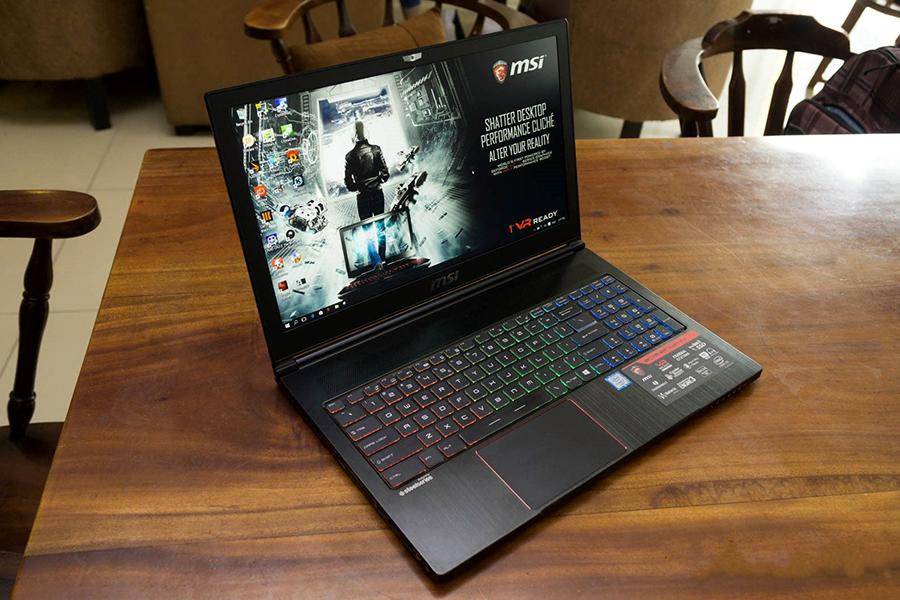 Laptop MSI GS63 Stealth 7RD-226XVN Core i7-7700HQ/Dos (15.6 inch) - Đen - Hàng Chính Hãng