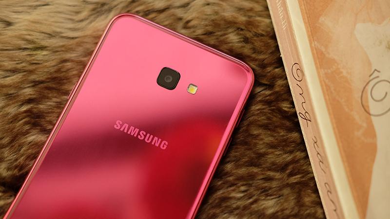 Điện Thoại Samsung Galaxy J6 Plus - Hàng Chính Hãng