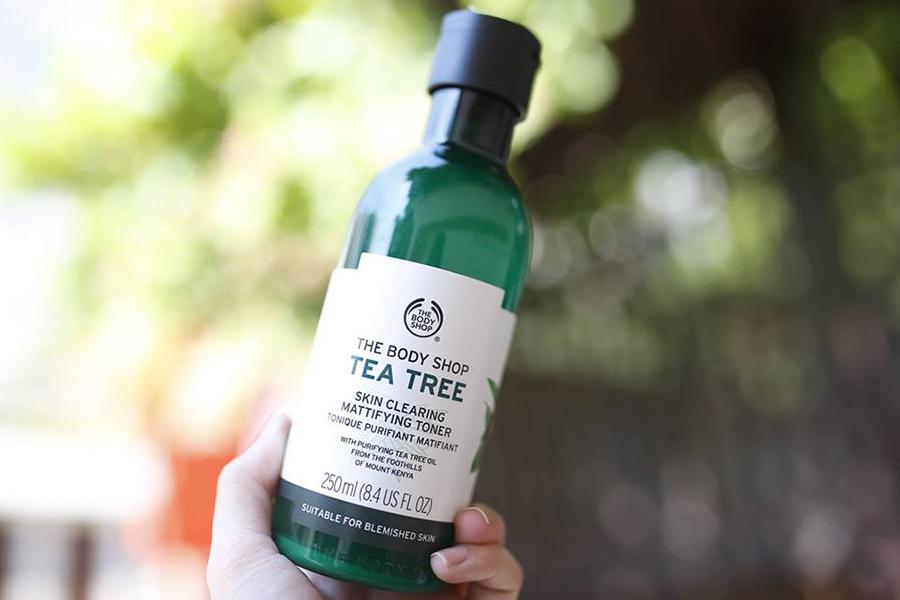 Nước Hoa Hồng Dưỡng Ẩm The Body Shop Tea Tree (250ml)