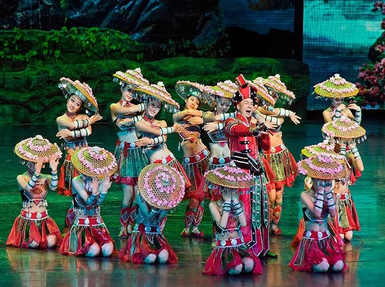 [HOT] Tour 5N4Đ: TP.HCM - Phượng Hoàng Cổ Trấn - Trương Gia Giới, Bay Thẳng Vietjet Air, Tháng 7, 8, 9