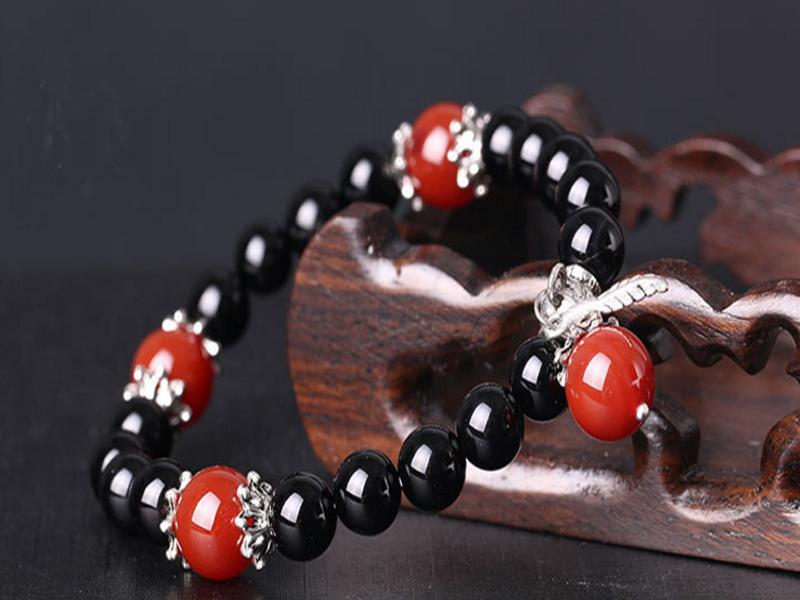 Vòng tay đá Sa Thạch thời trang