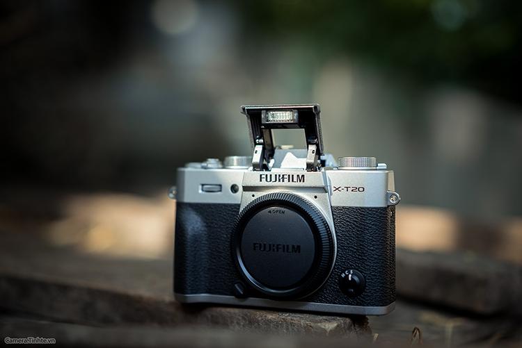Máy Ảnh Fujifilm X-T20 Kit XC16-50mm f3.5-5.6 OIS (Bạc)