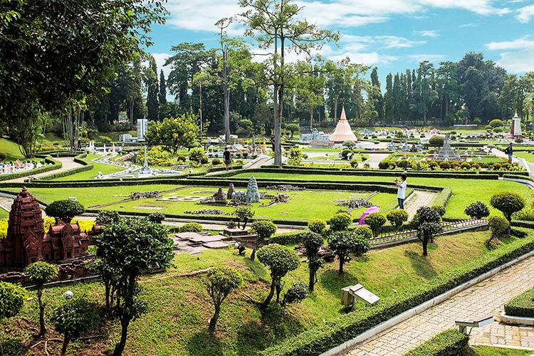 Vé Tham Quan Công Viên Mini Siam Pattaya, Thái Lan