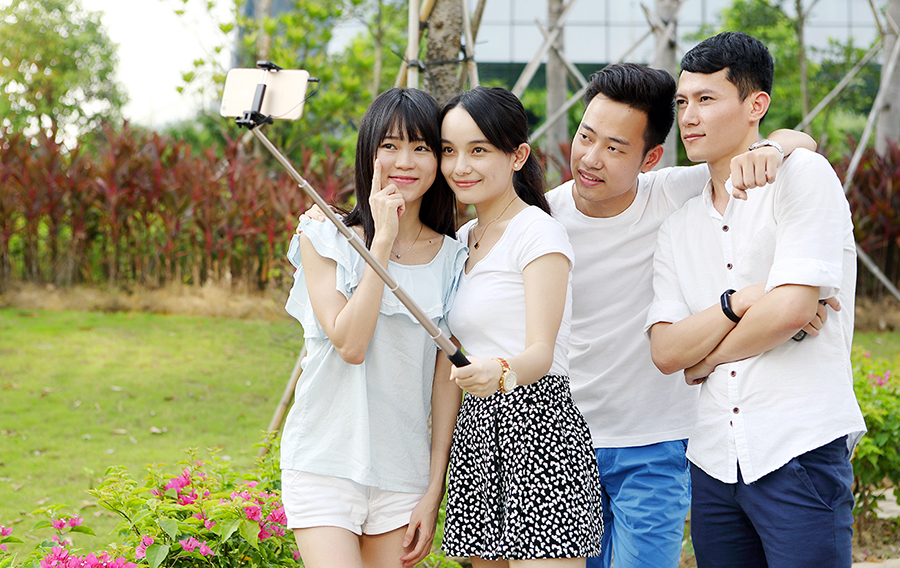 Gậy Tự Sướng Rock Selfie Stick 75cm ROT0714 - Hàng Chính Hãng